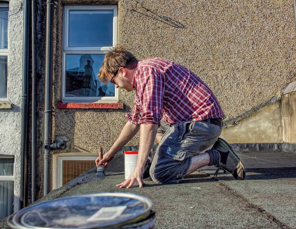 La reparación de un tejado también tiene un precio